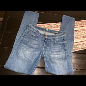 7 for all mankind skinny size 24